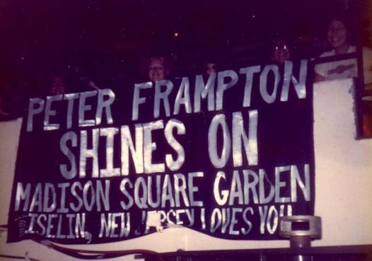Frampton sign