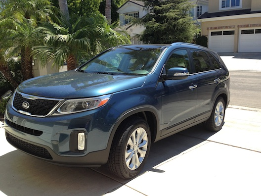 Kia Sorento in Wave Blue