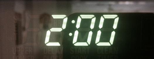clock 2 a.m.
