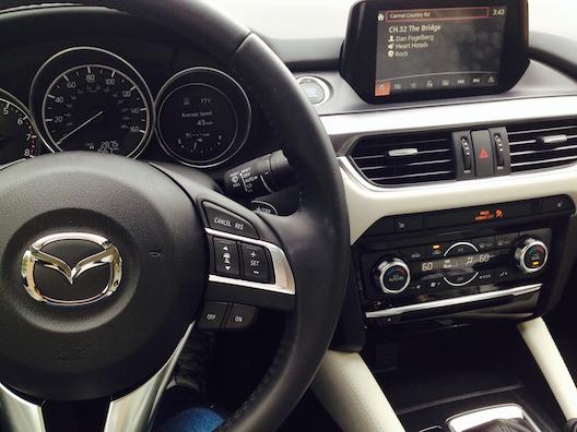 Mazda6 screen