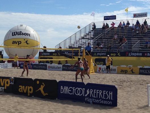 Huntington Beach AVP volleyball