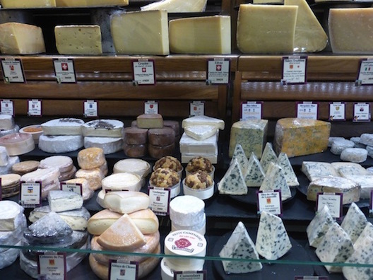 Le Food Tour - cheese
