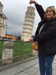 Lois Tower of Pisa
